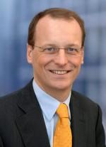 Dr  Michael Fübi