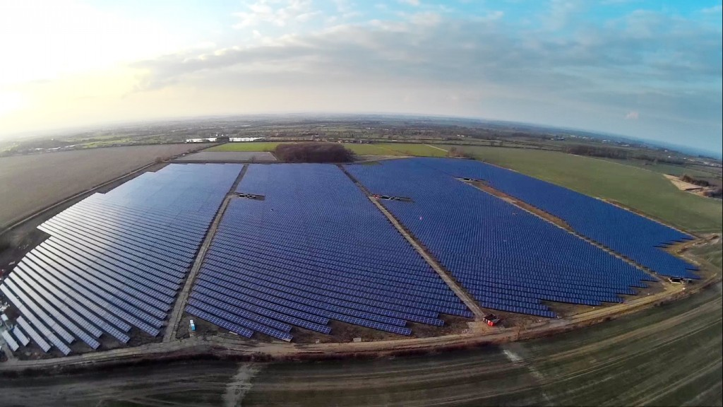 Martifer Solar_Six_Hills_UK_PV_plant_2015