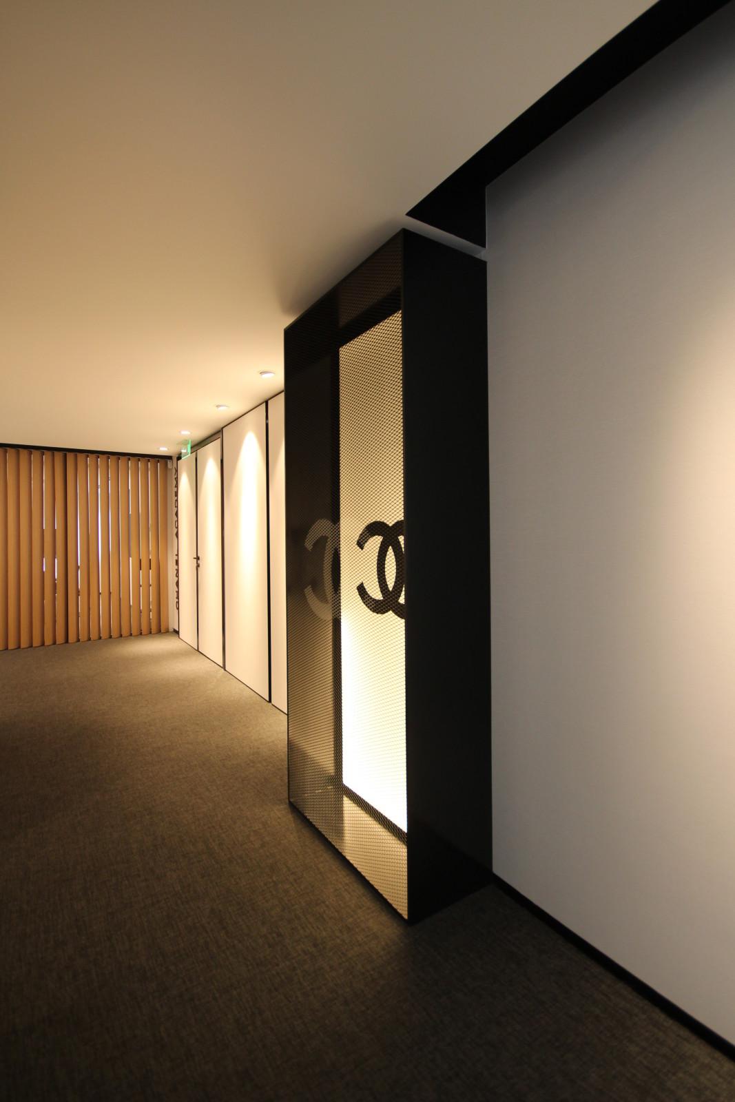 o de da aguirre newman foi responsvel pelo projecto em modelo chavenamo das novas instalaes da chanel